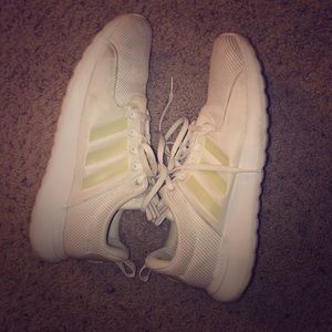 Adidasneo cloudfoam white shoes